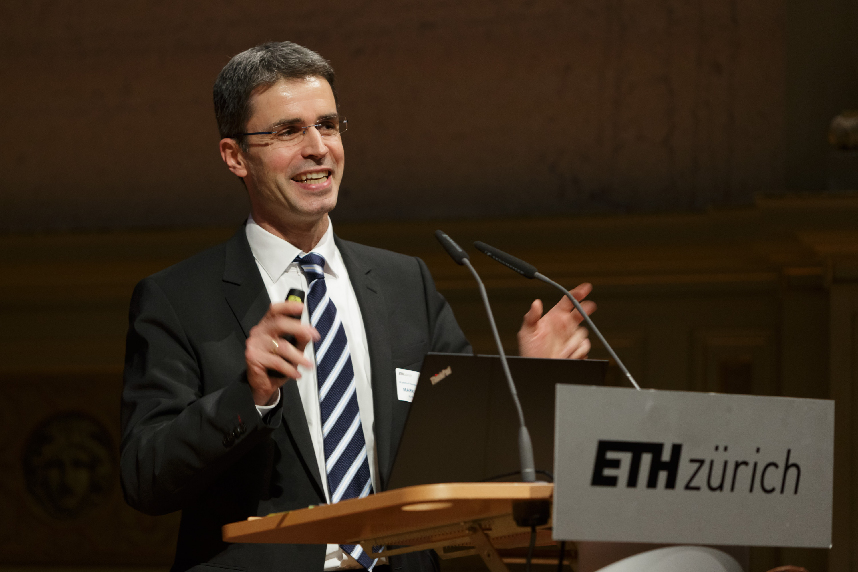 Prof. Dr. Markus Rapp, Direktor DLR-Institut für Physik der Atmosphäre.