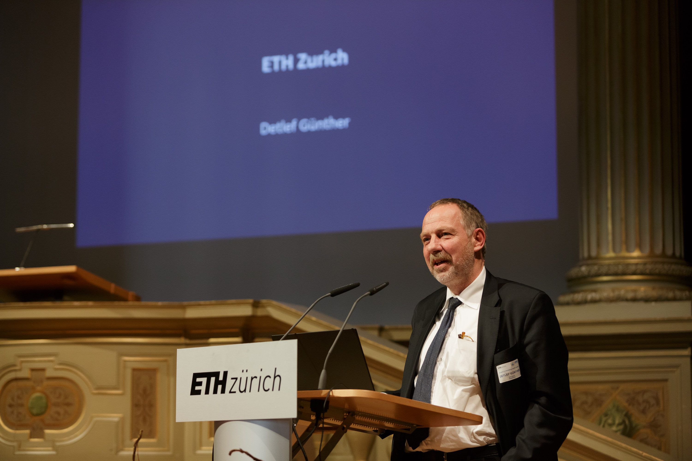 Prof. Dr. Detlef Günther, ETH Zurich.
